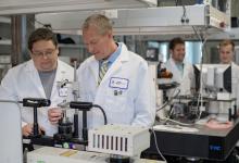 Photo of New Federal Contract to Help UArizona Create Biothreat Device
