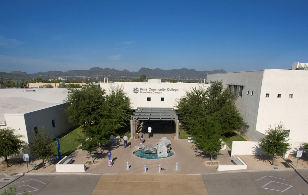 Photo of Pima Community College Part of Effort to Train 5,000 in Cloud Computing Education