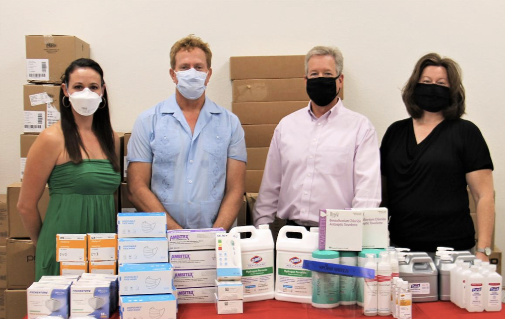 Photo of Tucson Values Teachers Buys Medical Supplies for Local Teachers