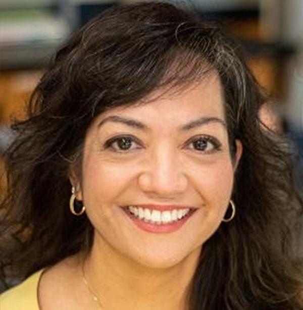 Photo of Estela Álvarez