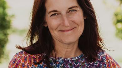 Photo of Sue Oliver